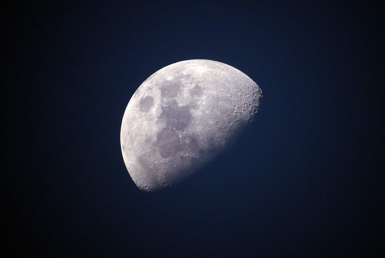 L'homme retourne bientot sur la lune
